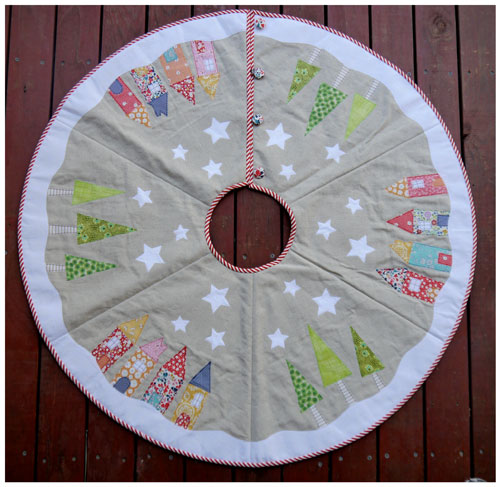 Christmas Tree Skirt Patterns.Yuletide Tree Skirt