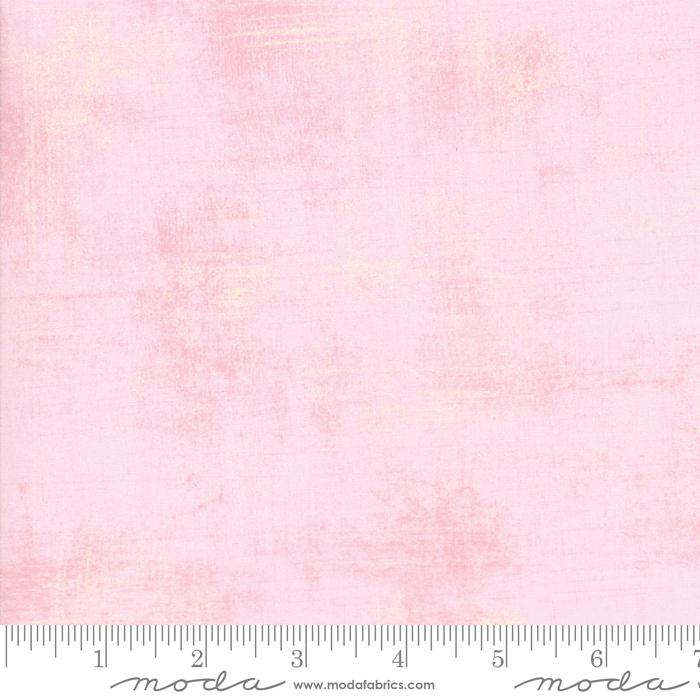 100/% Cotton Pink Moda Fabric Duchess Grunge